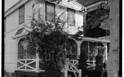 511 Hughes Street (House)
