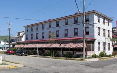 201-209 Grant Street (Seaside House)
