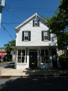605 Hughes Street (Store and Residence)